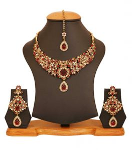 BOLLYWOOD JEWELRY GIVEAWAY