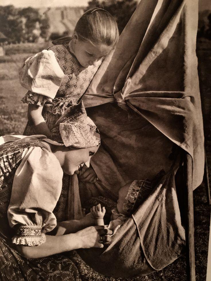 """Slovensko"" : Photography Karel Plicka"