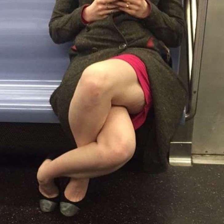 Milf metro upskirt