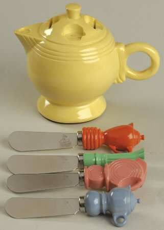Homer Laughlin Fiesta Yellow (Newer) Teapot Cheese Spreaders and Holder