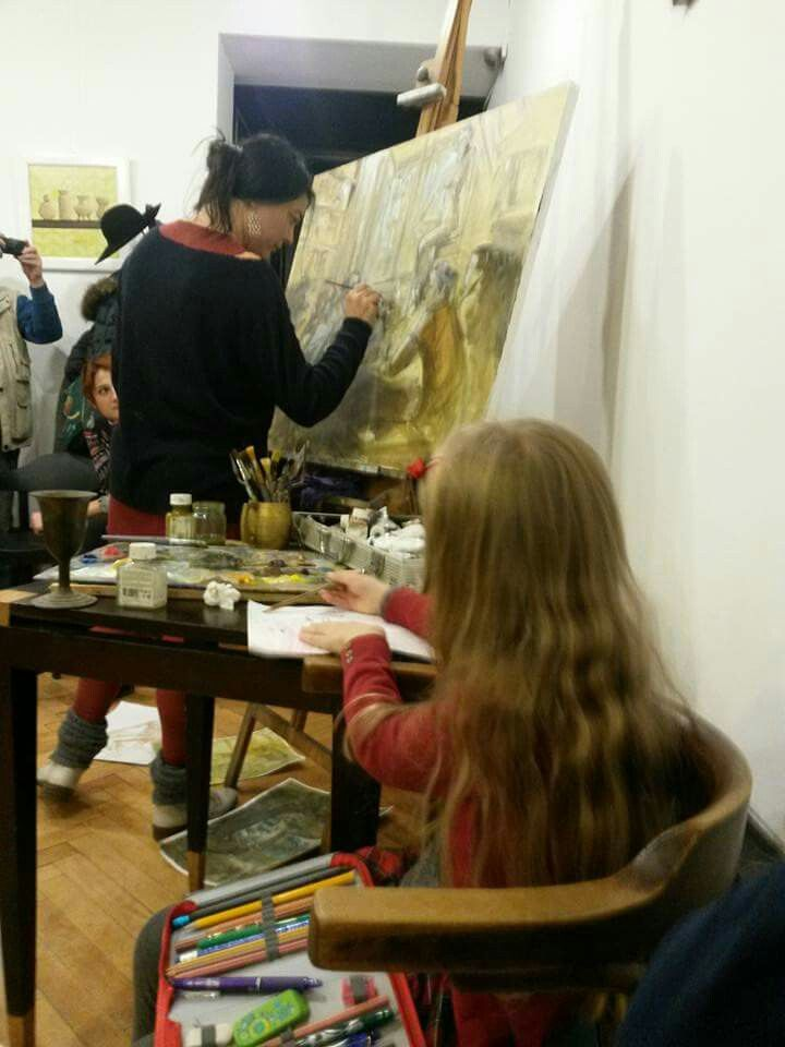 """Painting live reviw at the book """"   Me painting live reviw at the book Antimemoriile unei muze""""by Julia akalman"""