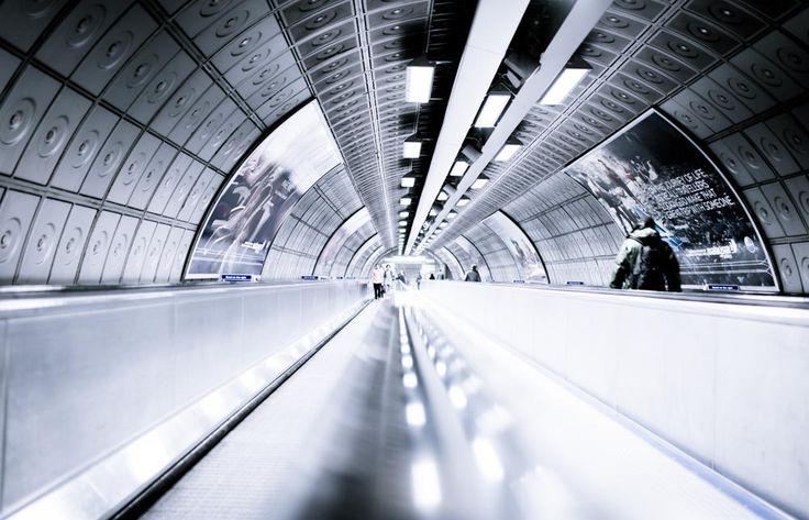Metro Londres by 1D110 Bertrand Monney on 500px