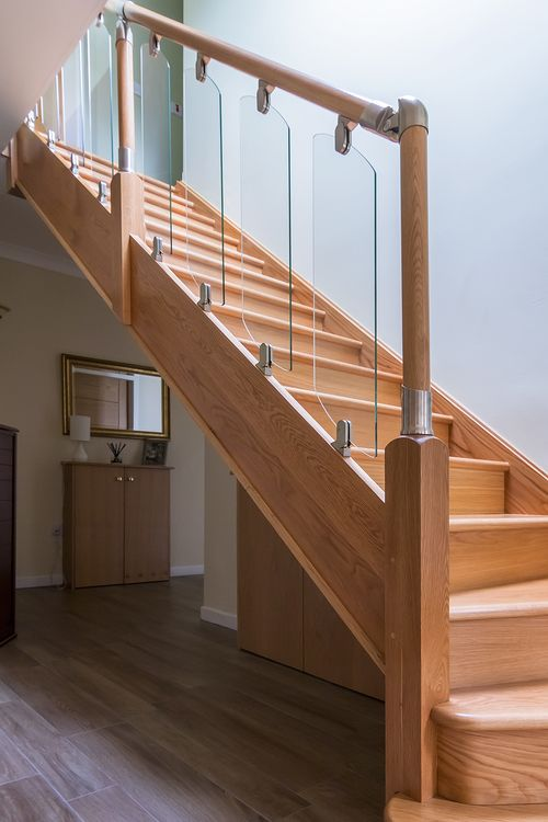 Www.stockwell Ltd.co.uk 3 Kite Bottom Winder Oak Staircase With