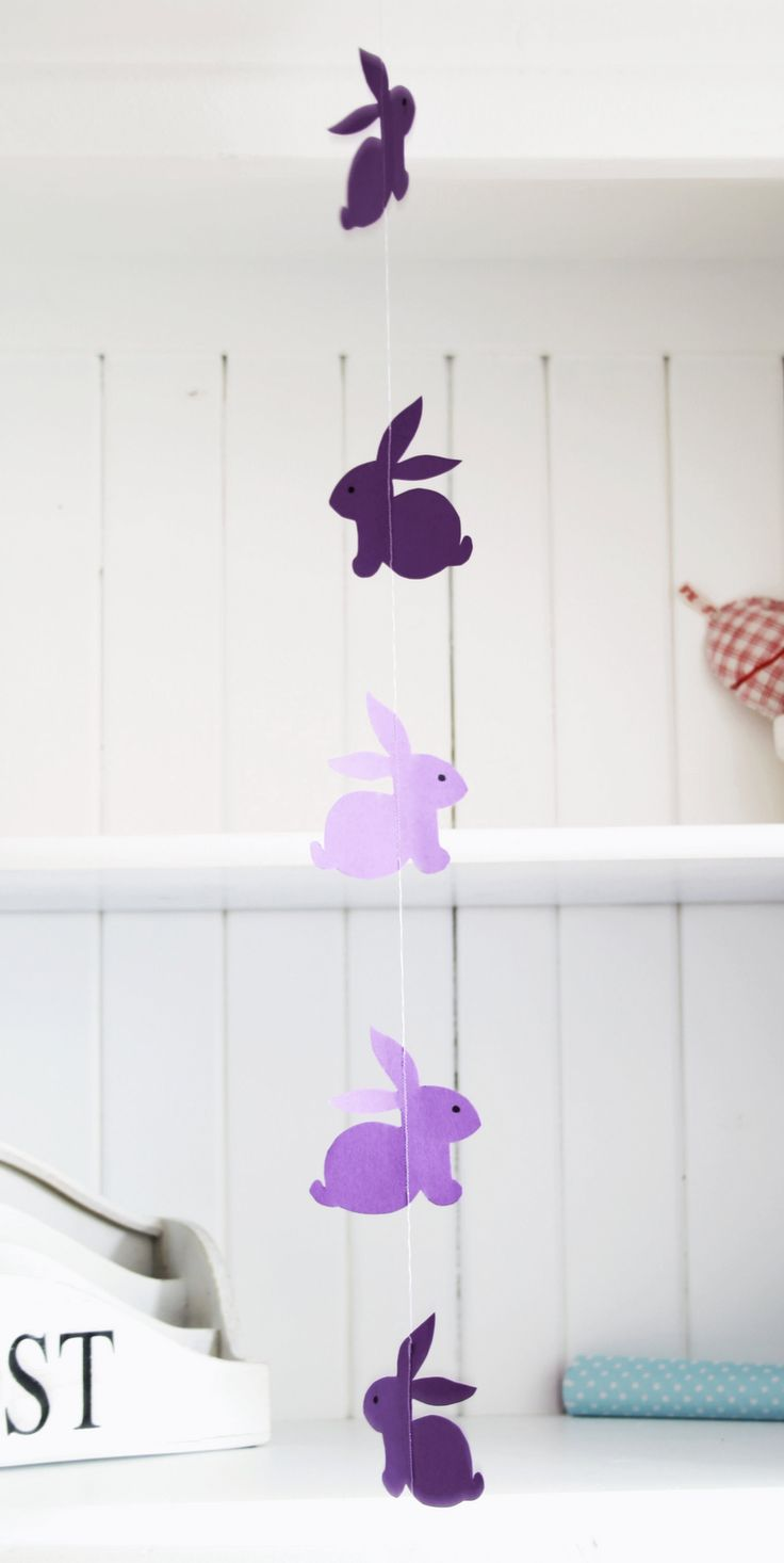 DIY: bunny garland: Rabbit, Decor Crafts, Crafts Ideas, Bunnies Crafts, Easter Crafts, Easter Bunnies, Kids Crafts, Bunnies Garlands, Mobile