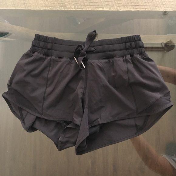 Lululemon Hotty Hot Short NWOT Perfect condition!! lululemon athletica Shorts