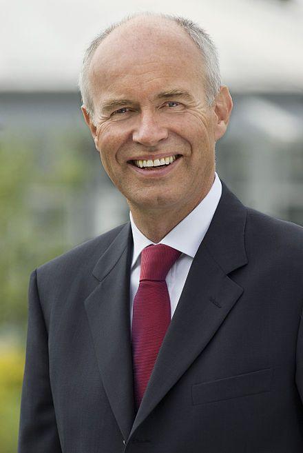 """#Götz_Rehn – Wikipedia """"Götz Eduard Rehn (* 2. März 1950 in Freiburg im Breisgau) ist ein deutscher Unternehmer und Geschäftsführer des in der Biobranche tätigen Unternehmens #Alnatura."""""""