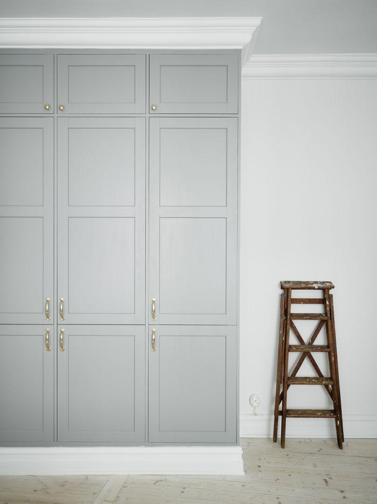Arsenalsgatan 12 C_goteborg Sweden_kitchen_gray Built In Floor Height  Cabinets