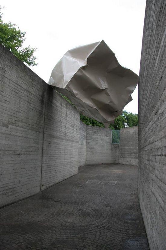 Monika Sosnowska. Installation view, Sprengel Museum, Hanover, 2006.