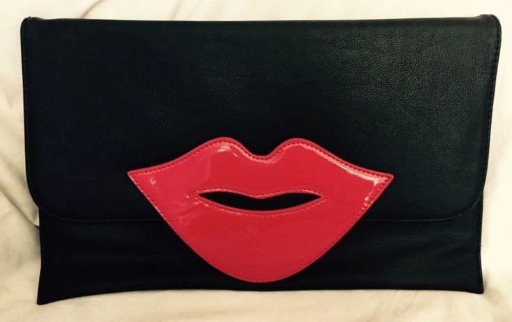 3AM Forever Large Lips Clutch Handbag Fashion Purse Funky Black Gold Chain Flat  #3AMForever #Clutch