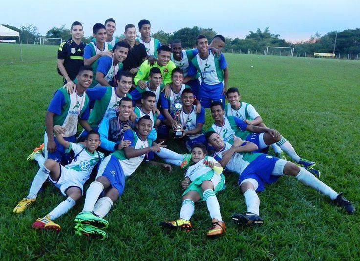 Campeones de la liga vallecaucana de #futbol 2014 #soccer #santiagodecali #cali #megalastra