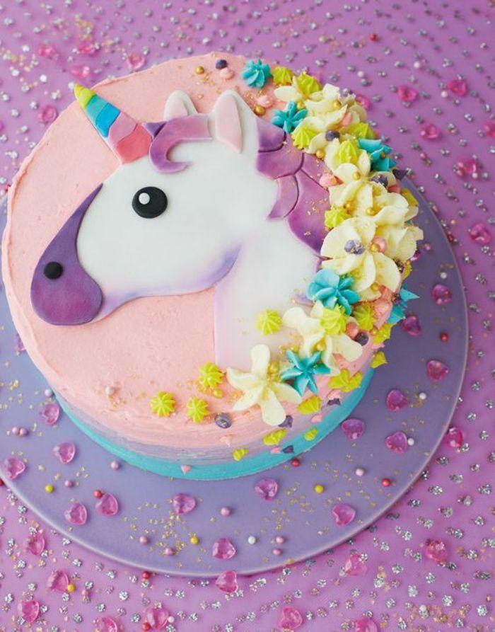 déco gâteau licorne idée gâteau image gâteau anniversaire corne