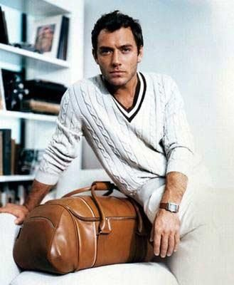 Jude Law pour @Alfred Dunhill - Classique et élégant || Jude Law for #Dunhill - Timeless and elegant #men #fashion #leather