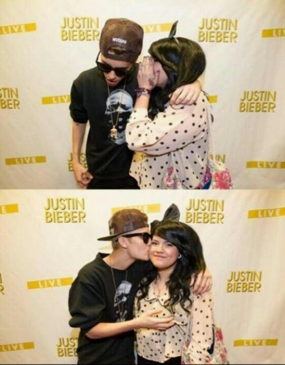 117 best fans images on pinterest justin bieber meet and a kiss kiss on the cheek and a boob grab that meet greet was m4hsunfo Gallery