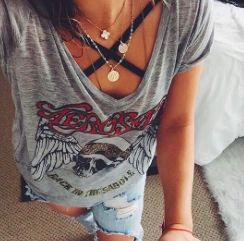 Aerosmith t-shirt                                                       …