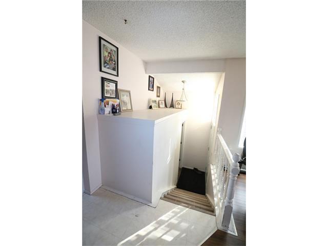 downstairs unit * 86 Ranch Glen DR NW, Listing ID C4098694, AB, Calgary, Canada - ID1650868101.jpg