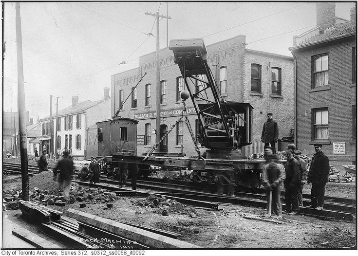 Toronto Railway Crane Car - track machine c1911