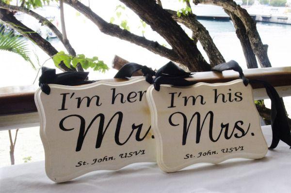 Laid Back Romance in St. John: http://www.stylemepretty.com/little-black-book-blog/2014/08/28/laid-back-romance-in-st-john/ | Photography: Two One Photography - http://www.twoonephotography.com