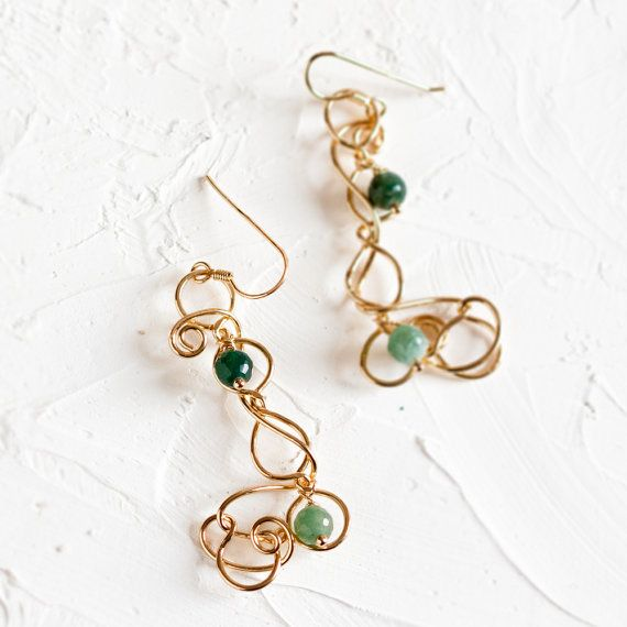 Green agate swirl earrings, in 18K gold plated and vitrified brass wire.  Earwire fastening in 18K gold plated and vitrified sterling silver.