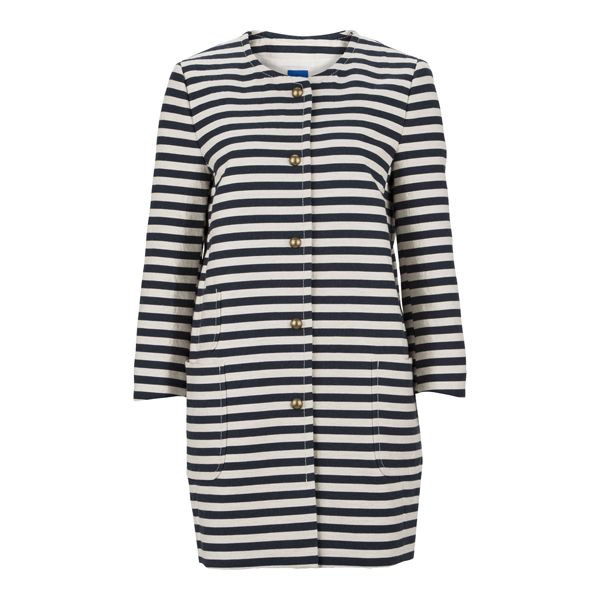 Be unique this Spring with this lovely coat from #Joop! #DesignerOutletParndorf