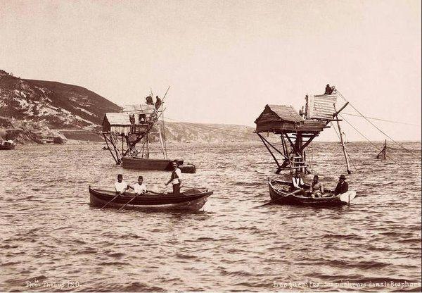 Rumeli Kavağı'nda dalyanlar (1910'lu yıllar, Phebus Stüdyosu)
