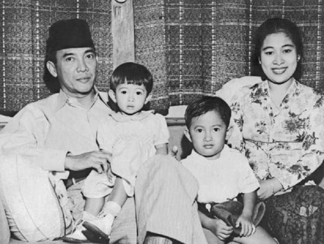 Sukarno dilahirkan sesuai rasi bintang Gemini yaitu bagian dari langit musim dingin, berada sesuai dengan rasinya mempunyai beberapa sifat yang terkadang paradok. Namun ada kekuatan dalam paradoksa…