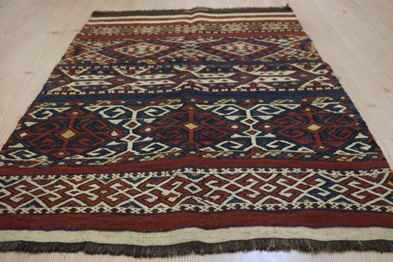 ANTİQUE RUGHandwoven Antique Turkish Kilim RugHandwoven by kilimci