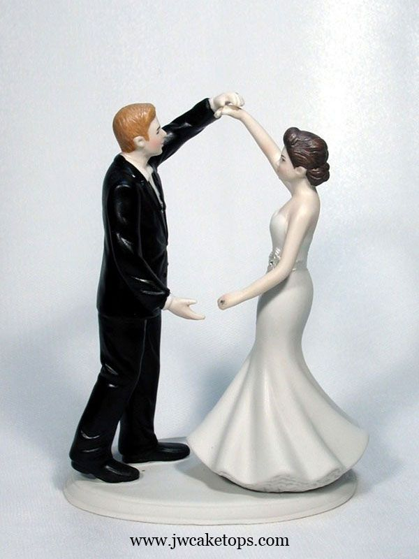 dirty wedding cake toppers 1000 images about wedding cake toppers on 13537