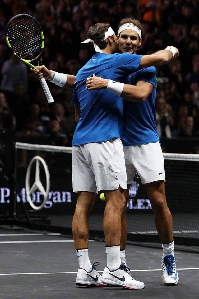 Fedal playing doubles at The Laver Cup