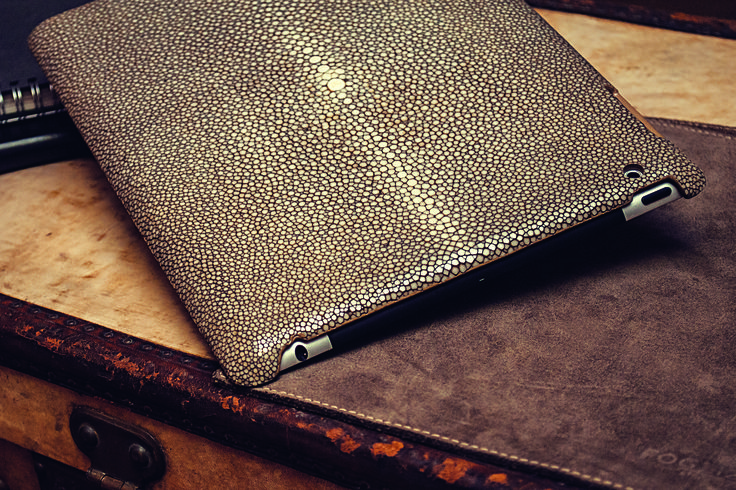 iPad Hard Cover Shagreen Leather #ipadcovercollection #FoglizzoLeathergoods #leather #ipad #cover