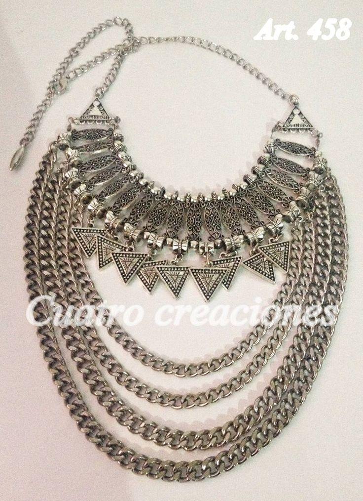 Collar Pechera Con Triangulos - $ 270,00 en MercadoLibre