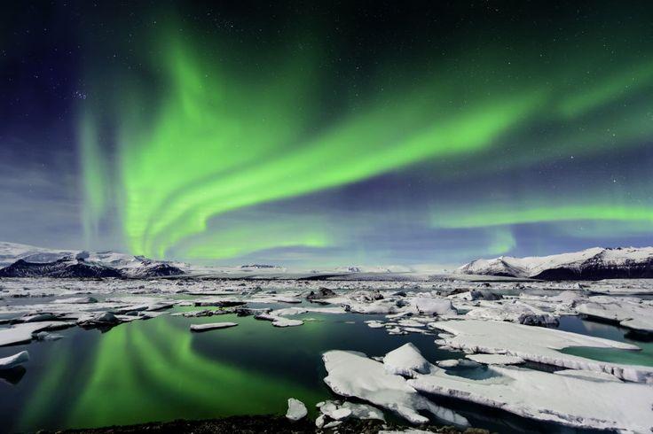 Northern Lights over the Jökulsárlón Iceland and London Plans - new blueprint alberta northern lights