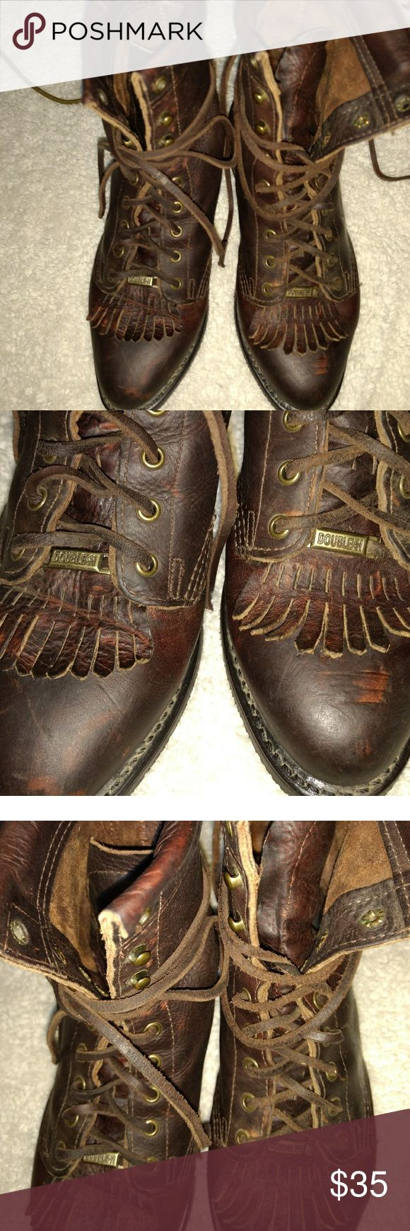 Georgia boots Typically a Western riding boot. The tassel part can be removed and worn as similar combat boot look half eye and have lace up. They have the worn look and haven't been worn but a hand full of times. All leather. Hardy boot! dark brown Georgia Boot Shoes Lace Up Boots