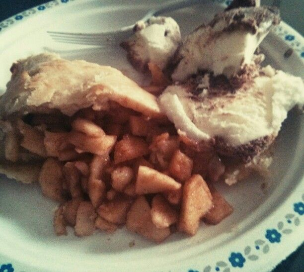 My homemade apple pie with frozen yogurt.