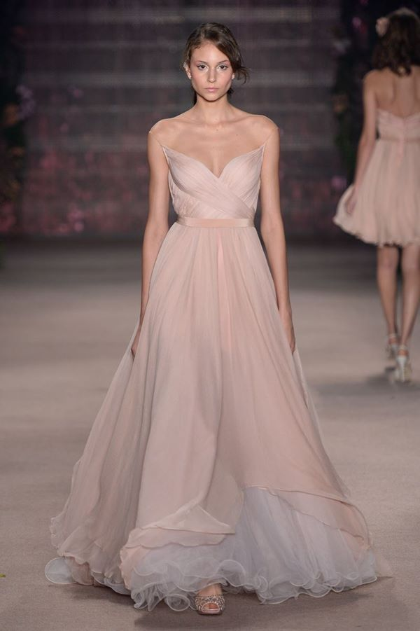 131 best Glam images on Pinterest | Classy dress, Dream dress and ...