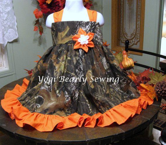 Girls Camo Wedding Dress.  Girls Camo dress in Advantage Max 4HD,  Real Tree,  Mossy Oak.  Girl's dress for Camo Weddings or Everyday Wear.