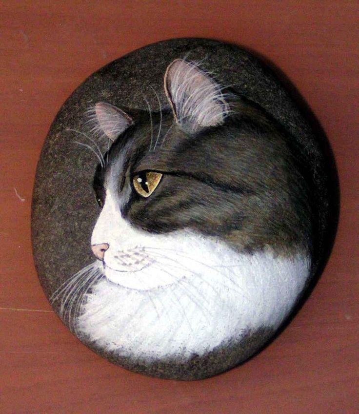 Ritratto di gatto su sasso - Per la casa e per te - Produzioni arti... | su MissHobby