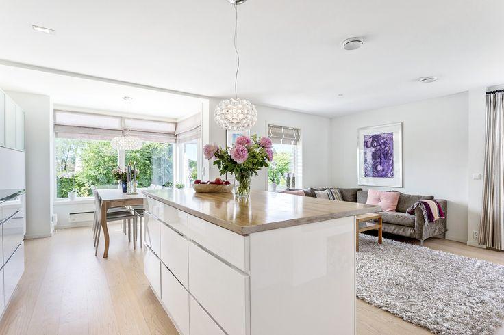 En kjøkkenøy kan være fint når man har en åpen kjøkken/stue løsning.