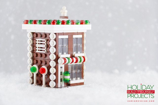 How To: Build Your Own LEGO Christmas Ornaments | Geekologie