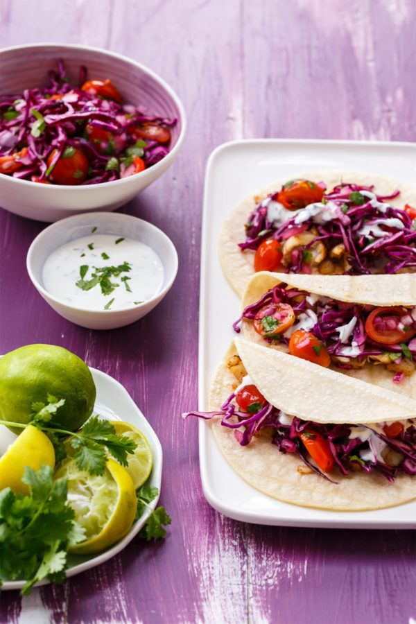 Mahi mahi fish tacos with tangy red cabbage slawsa for Sour cream sauce for fish tacos