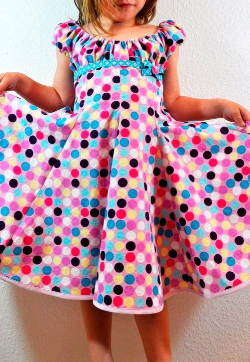 Dreh-Kleid für Mädchen nach dem Schnittmuster ELODIE von farbenmix nähen
