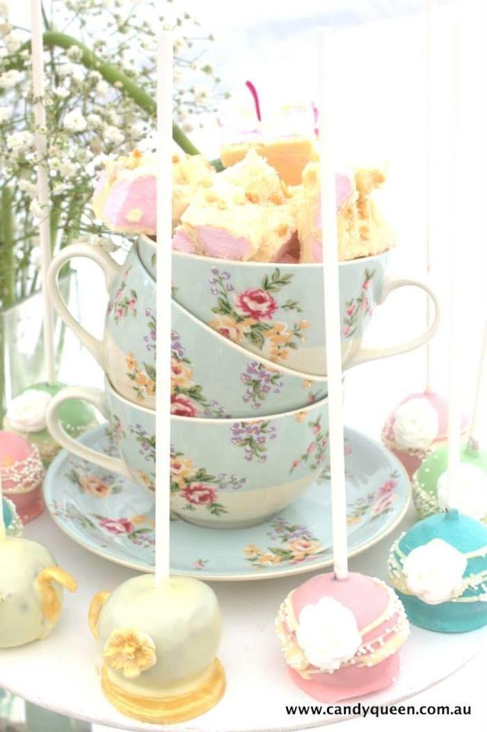 Best 25 high tea decorations ideas on pinterest tea for Afternoon tea decoration ideas