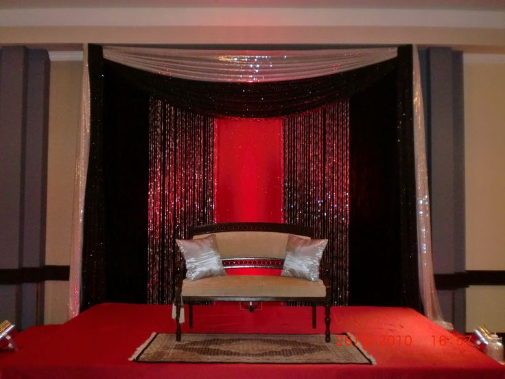 Black Red And Silver For An Intimate Wedding Backdrop