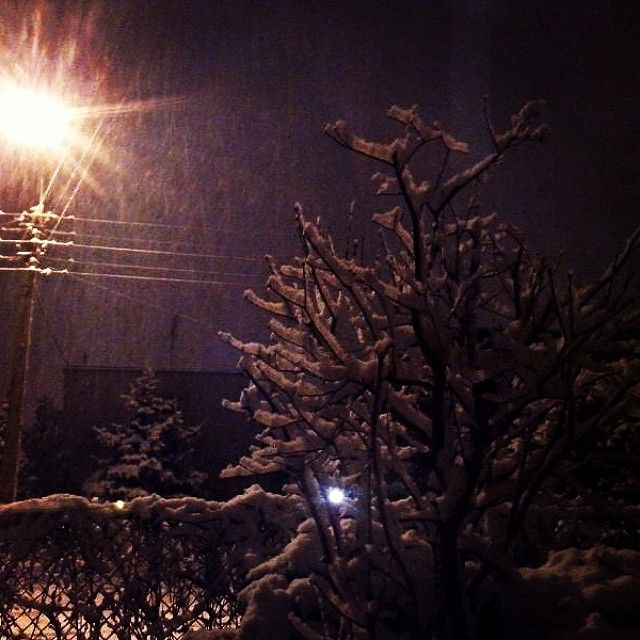 ⛄ . ... . . . #SNOW #winter #zyrardow #night #poland #beautiful #mazowieckie #loveit #white #january
