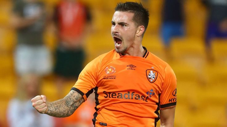 Jamie Maclaren vs. Brendon Santalab: Who will fire their team into the semis?