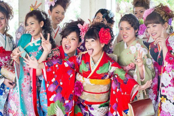 12 de enero, día de la mayoría de edad en Japón.  http://www.holanihon.com/12-de-enero-dia-de-la-mayoria-de-edad-en-japon-2/  #Japón #HolaNihon #Seijinnohi #Diafestivo #Celebraciones