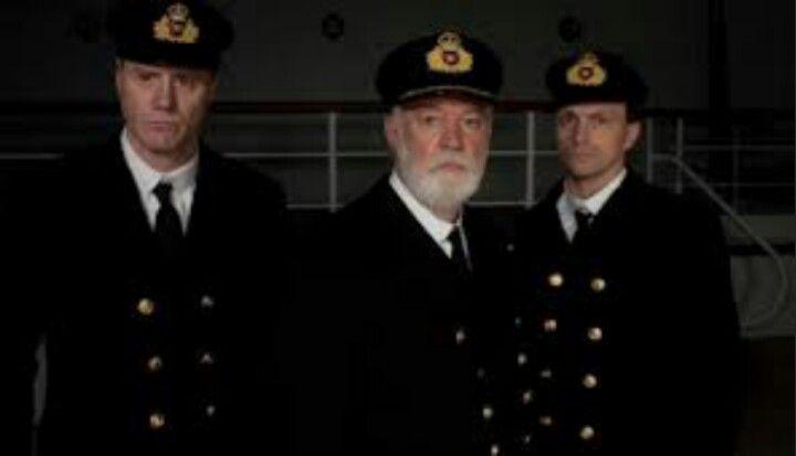 3 captains ?