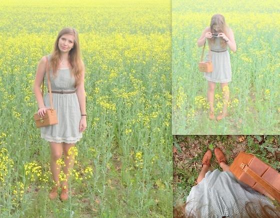 Pull Dress, Primark Bag, H Oxford Shoes - Afternoon tea - Adela Alexandra Iacobov