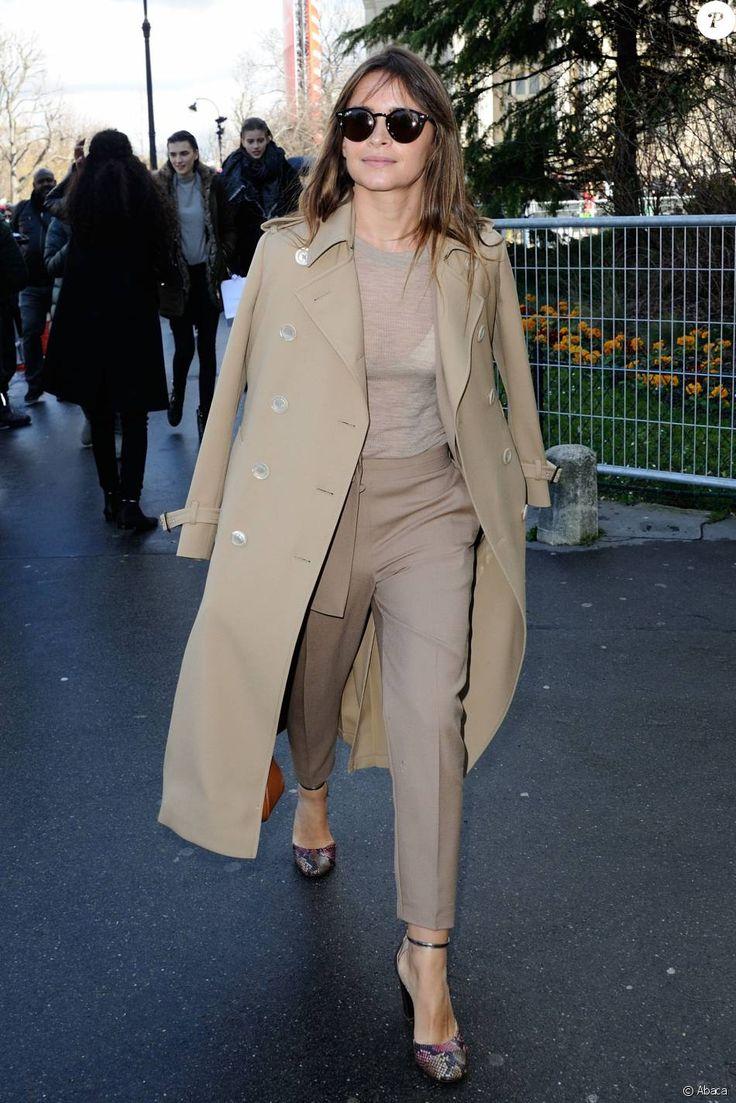 Miroslava Duma arrive au Grand Palais pour assister au Giambattista Valli. Paris, le 7 mars 2016.