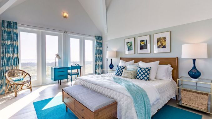 Awesome Beach House Inspirations For Summer Home Decor Shairoom Com In 2020 Beach House Furniture Beach House Interior Beach House Bedroom
