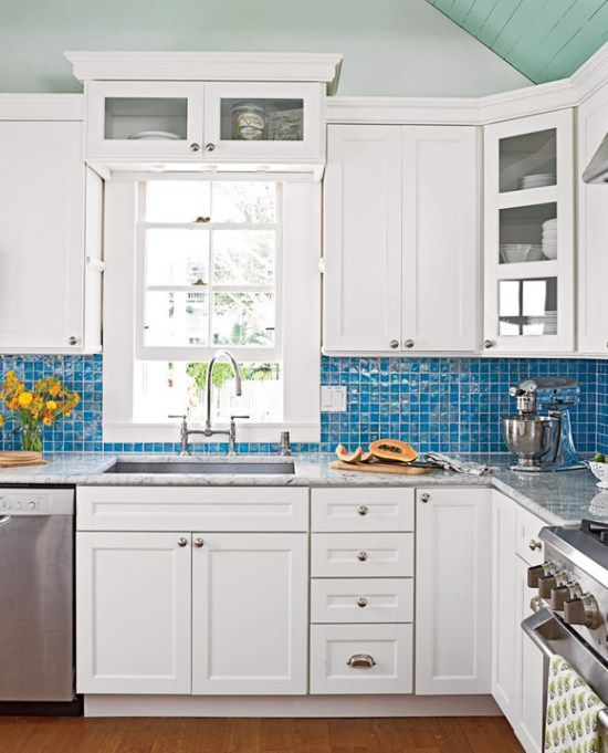 kitchen stove backsplash best 25 blue kitchen tiles ideas on 3202